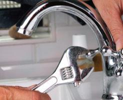 蛇口の水漏れを自分で直せるかどうかの判断基準